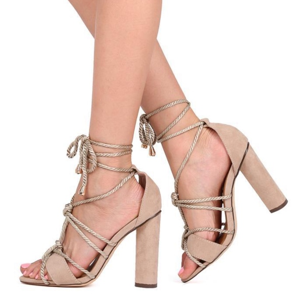 a7b215c7dd4a TAN ROPED CHUNKY HEEL SANDALS. Boutique